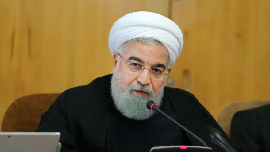 El presidente de Irán, Hasan Rohani, en una reunión con su gabinete en Teherán, capital.