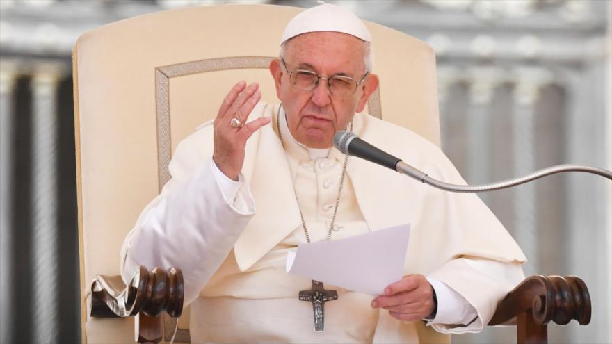 Papa Francisco condena violencia israelí contra palestinos en Gaza
