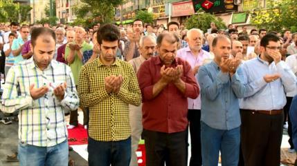 Musulmanes se preparan para el sagrado mes de Ramadán