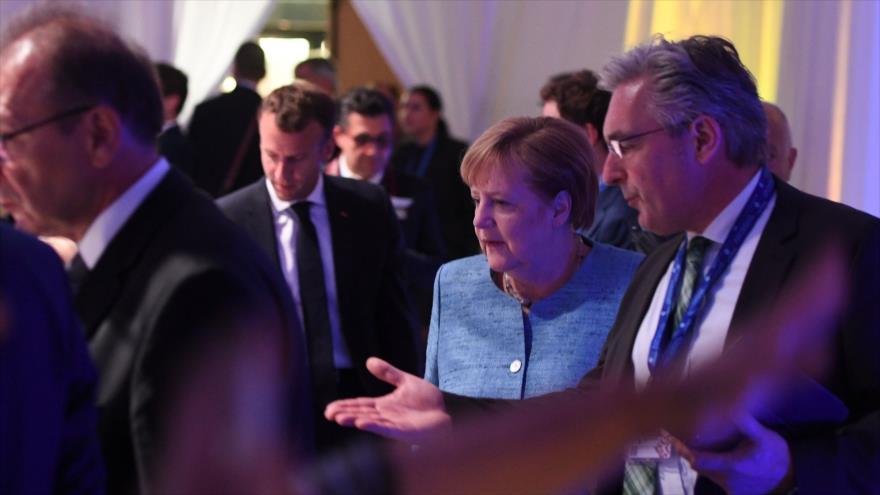 La canciller de Alemania, Angela Merkel, llega a la cena de jefes de Estado de la Unión Europea (UE) en Sofía (Bulgaria), 16 de mayo de 2018.