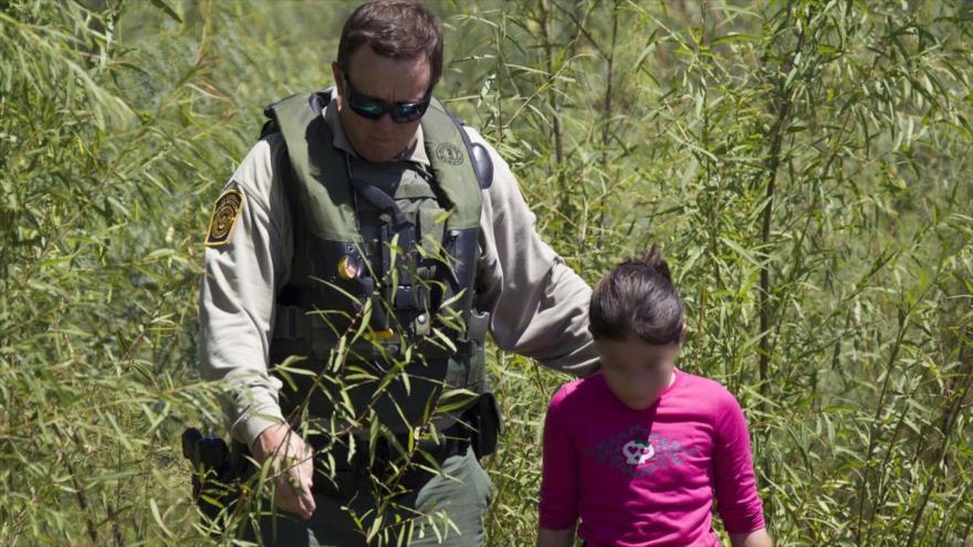 Resultado de imagen para EEUU se plantea encerrar a niños inmigrantes en bases militares