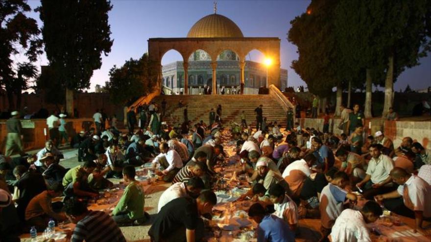 Palestinos boicotean plan de EAU con etiqueta 'No tenemos hambre'