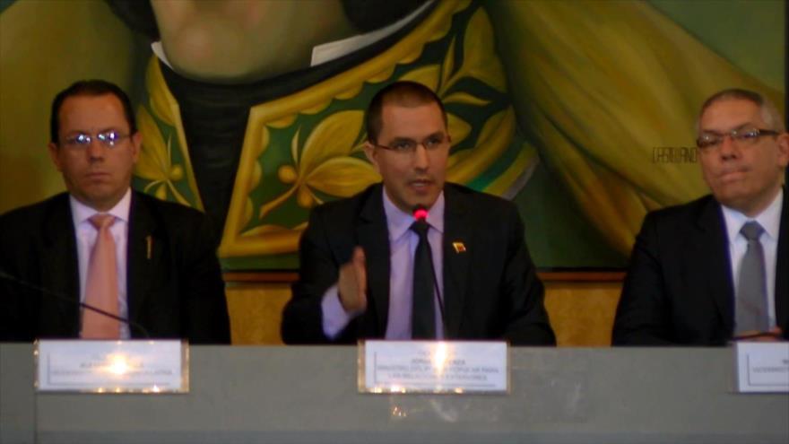 Reclaman a la Unión Europea cambiar posición sobre Venezuela