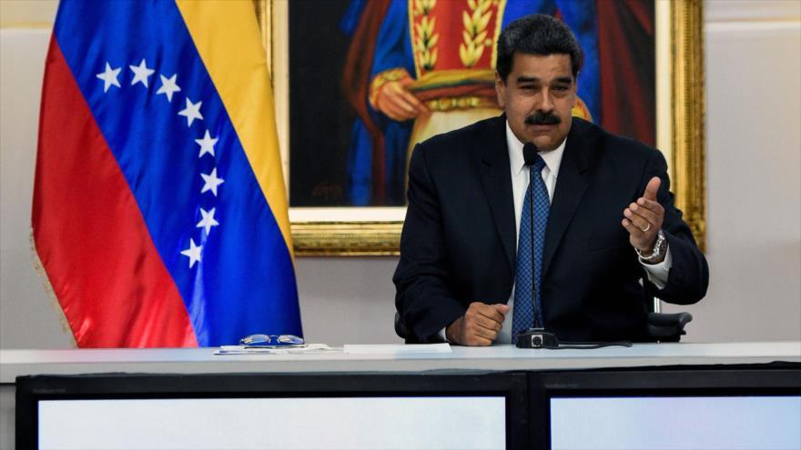 Maduro: embajada de EEUU, 'centro de conspiración' contra la paz