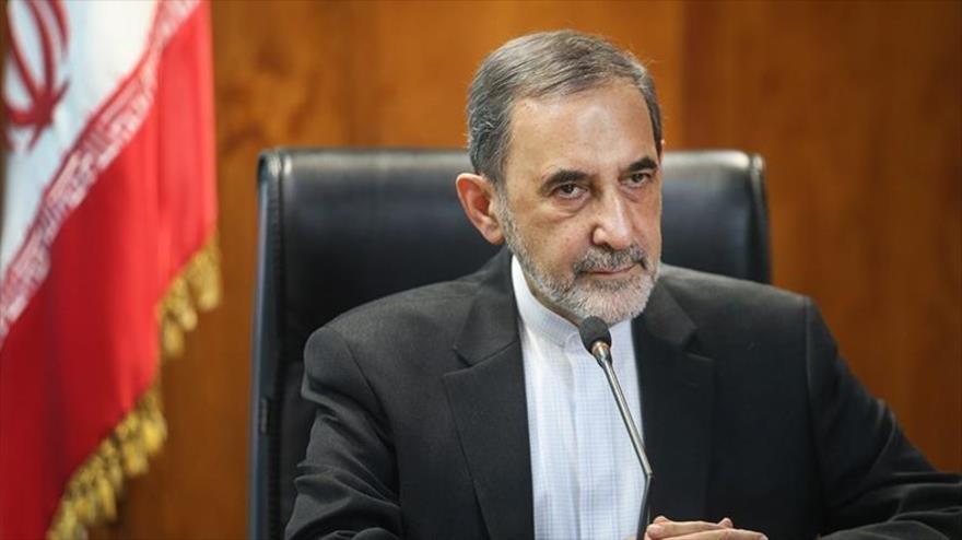 El asesor del Líder de la Revolución Islámica de Irán para Asuntos Internacionales, Ali Akbar Velayati, en Teherán, capital iraní.