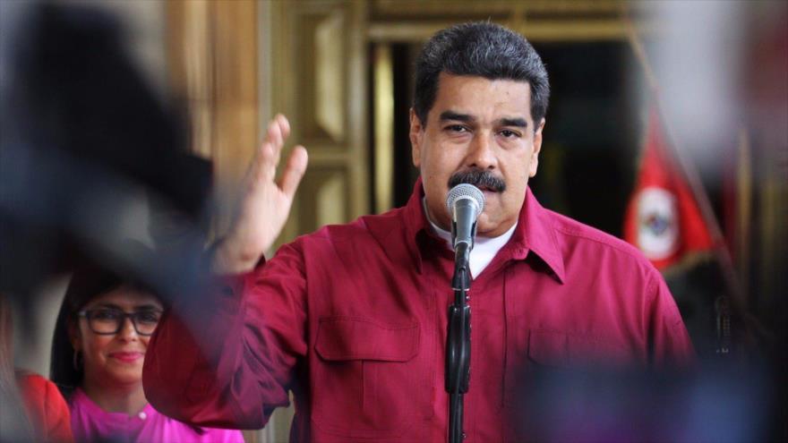 Maduro: Las denuncias sobre 'chantajes' electorales se resuelven