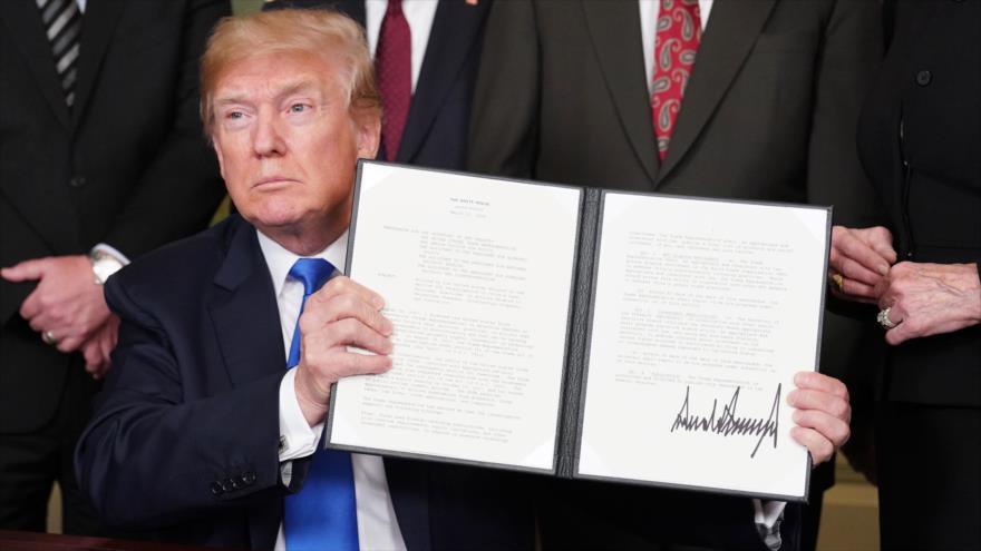 El presidente de EE.UU., Donald Trump, tras firmar un decreto en la Casa Blanca, Washington, 22 de mayo de 2018.