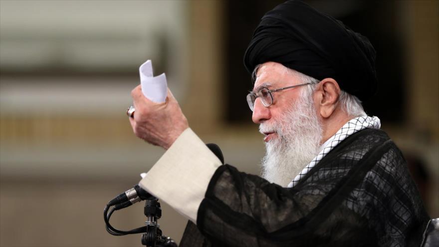 Líder de Irán señala enemistad de EEUU hacia Revolución Islámica