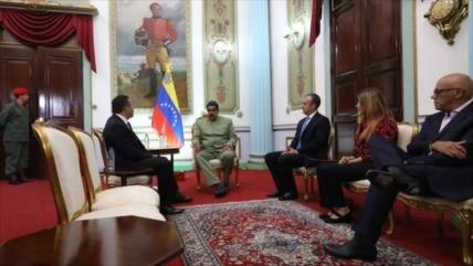"""Bertucci dice que Maduro hará """"liberaciones"""" de presos políticos"""