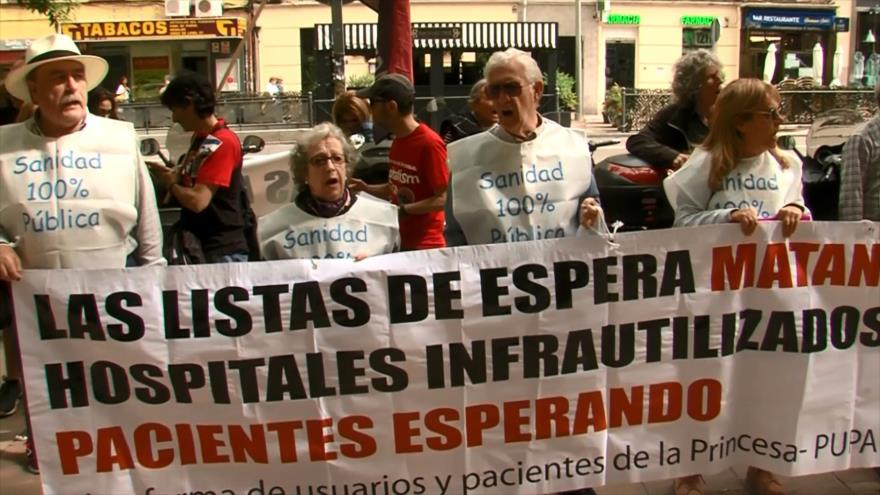 Pacientes protestan contra las listas de espera en España