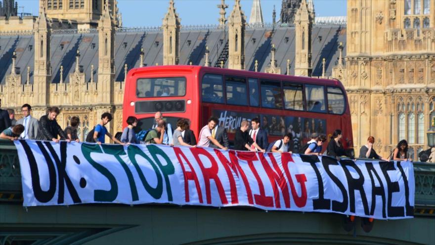 Llaman al Reino Unido a frenar venta de armas a Israel por Gaza