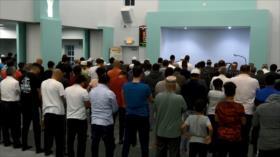 A la sombra de amenazas, musulmanes celebran Ramadán en EEUU