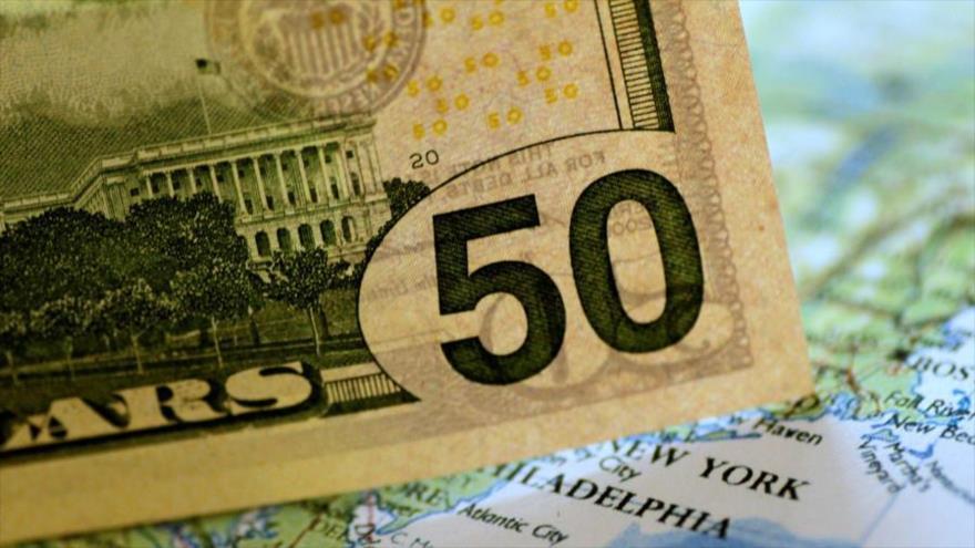 Un billete de 50 dólares americanos.