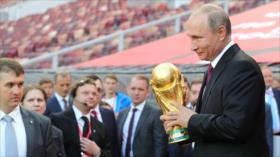 Putin nombra a España como su favorito a ganar el Mundial 2018