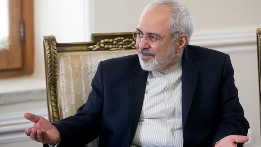 Zarif: Irán no negociará en ningún caso su programa de misiles