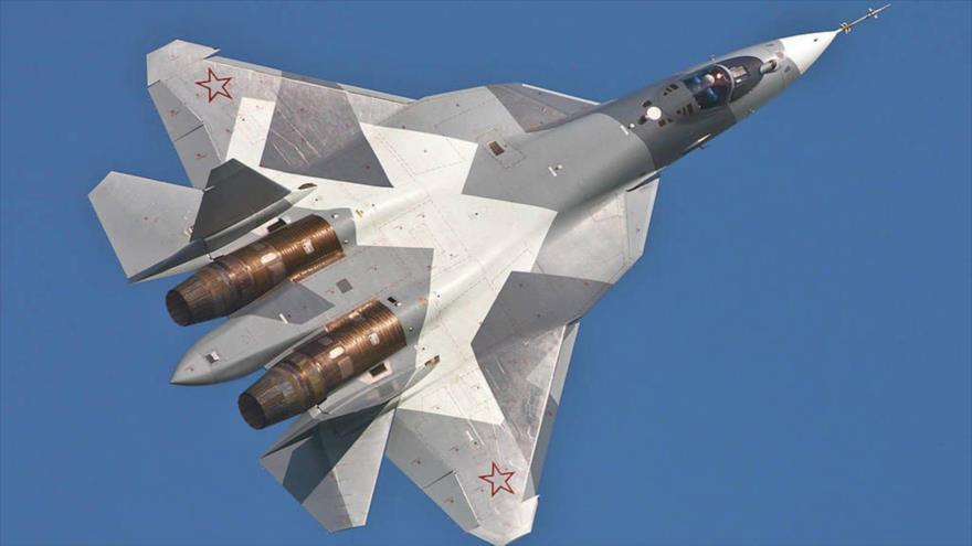 Un caza furtivo ruso de quinta generación Sujoi Su-57.