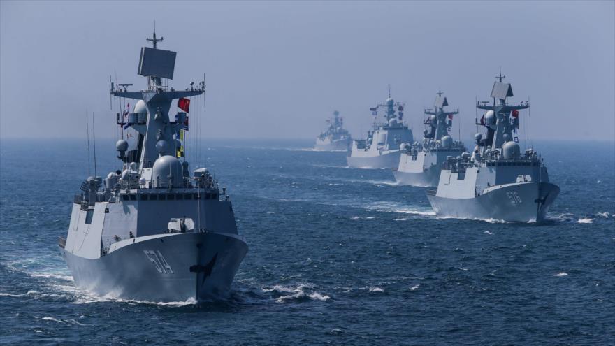 Buques de guerra de China en unas maniobras marítimas.