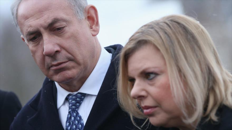 El premier israelí, Benjamín Netanyahu, junto con su esposa, Sara Netanyahu.