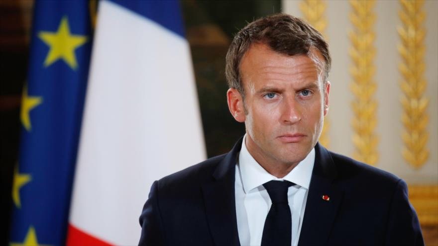 El presidente francés, Emmanuel Macron, asiste a una conferencia de prensa en el Palacio del Elíseo en París, 28 de mayo de 2018.