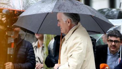 Encarcelado por corrupción el extesorero del PP Luis Bárcenas