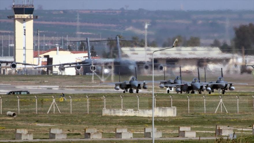 Varios aviones militares de las Fuerzas Aéreas de EE.UU. en la base de Incirlik, en el sur de Turquía.