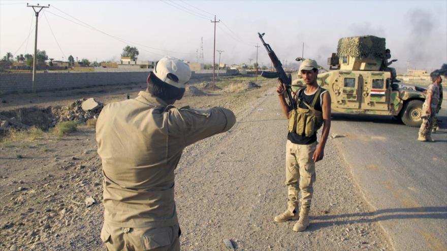 Fuerzas iraquíes eliminan decenas de terroristas de Daesh en Siria
