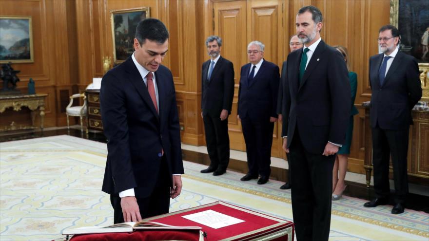Pedro Sánchez toma posesión como presidente del Gobierno español