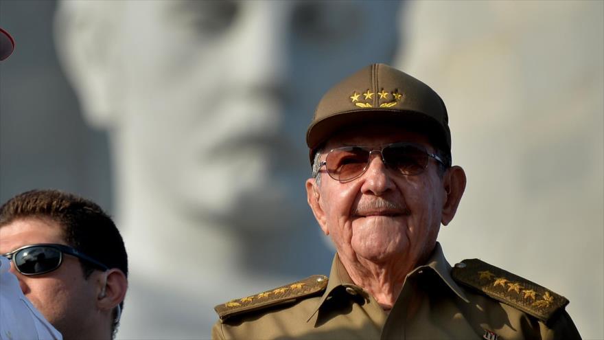 Raúl Castro encabezará reforma de la Constitución de Cuba