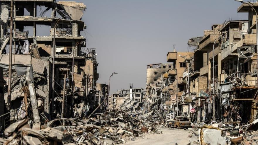 AI: EEUU y sus aliados destruyeron la ciudad siria de Al-Raqa