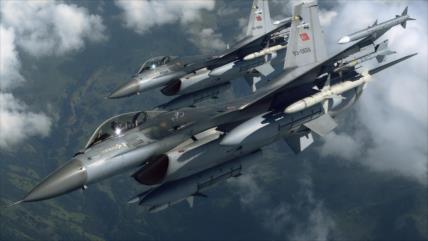 Cazas F-16 turcos violan en 7 ocasiones el espacio aéreo de Grecia