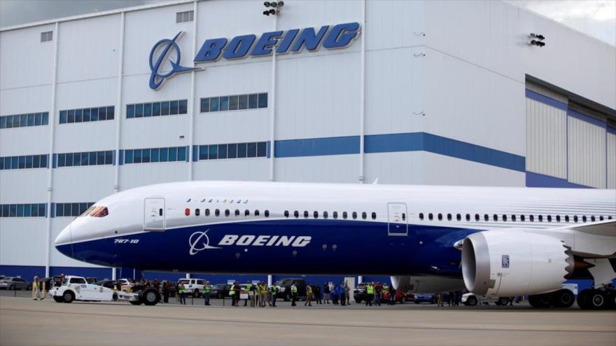 El nuevo avión de pasajeros Boeing 787.