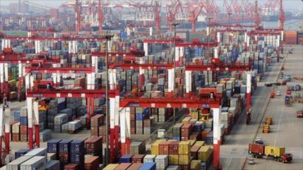 China aumenta en 12,8% su superávit comercial con EEUU