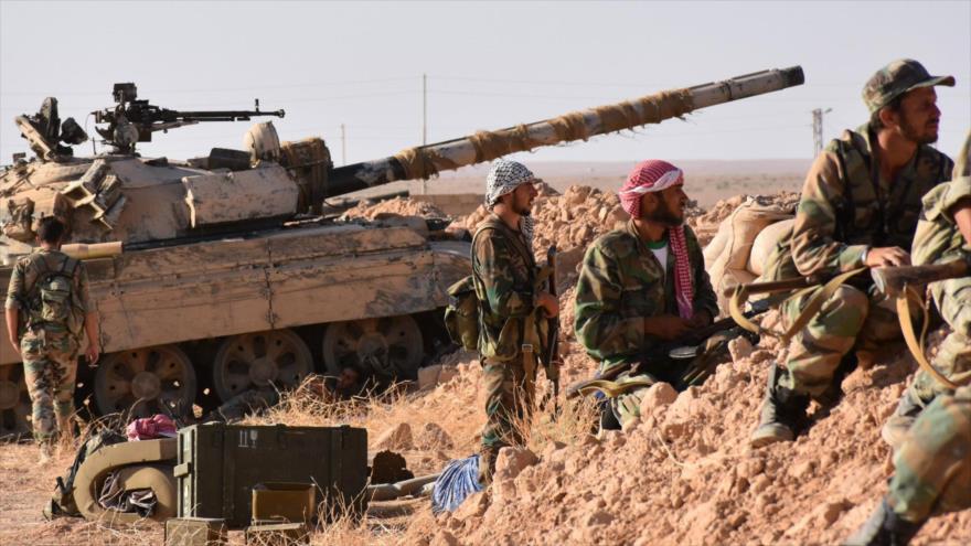 Nuevos avances del Ejército sirio y Hezbolá ante Daesh en el sureste