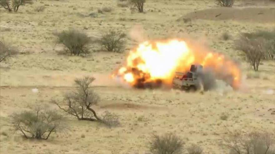 Ejército yemení destruye vehículo militar de mercenarios saudíes