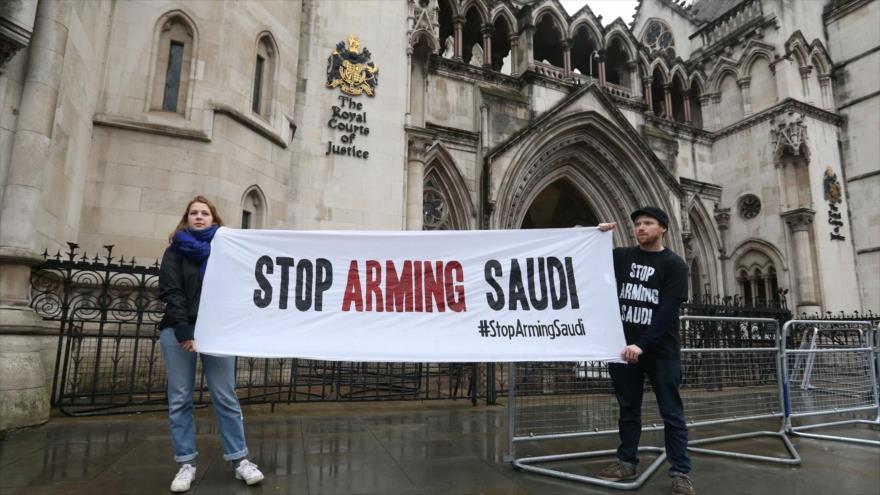 El Reino Unido ignora el flujo sospechoso de armas a Arabia Saudí