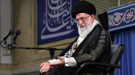 Líder iraní: Solo palestinos deben determinar destino de su país