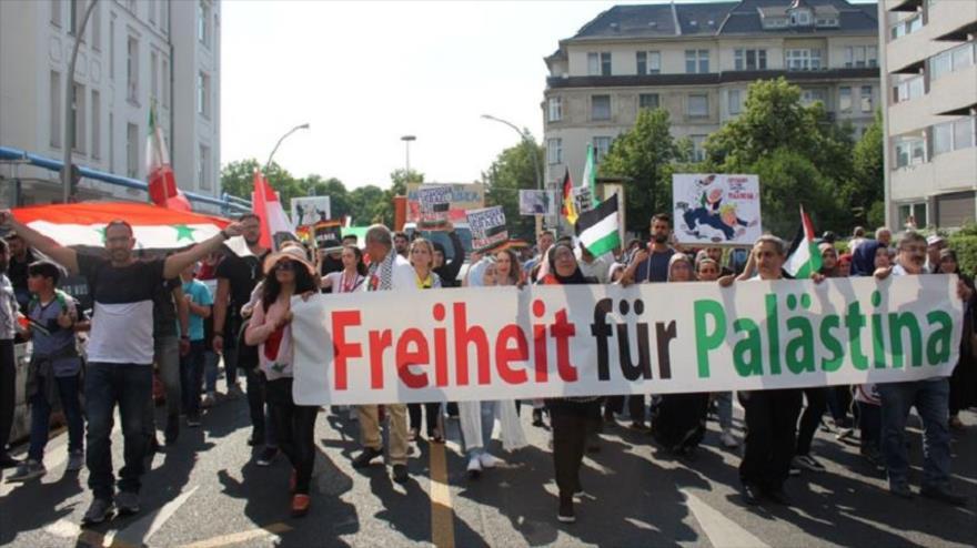 Miles de personas celebran el Día de Al-Quds en Londres y Berlín