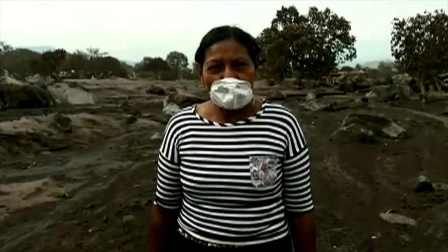 Llegan a Mexico dos heridos mas por volcan en Guatemala