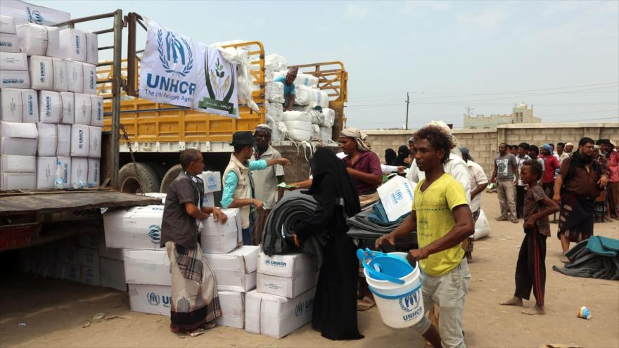 """Oxfam advierte de """"más muerte"""" por ofensiva saudí a puerto yemení"""