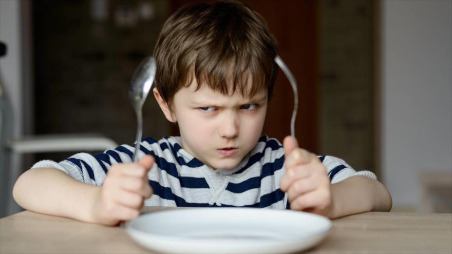 Investigadores revelan que el estado de irritación cuando se está hambriento se puede controlar con la conexión mente-cuerpo.