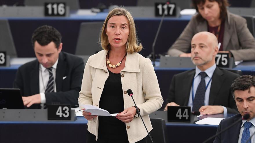 UE busca soluciones bancarias para salvar acuerdo nuclear con Irán