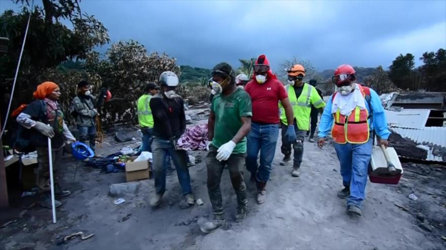 Cien mil guatemaltecos se encuentran en riesgo por el volcán de Fuego
