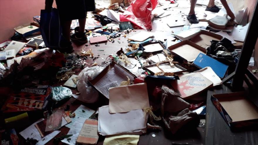 Opositores destruyen casa del alcalde jinotepino, Mariano Madrigal, tras haber atacado el colegio San José, en Nicaragua, 12 de junio de 2018.