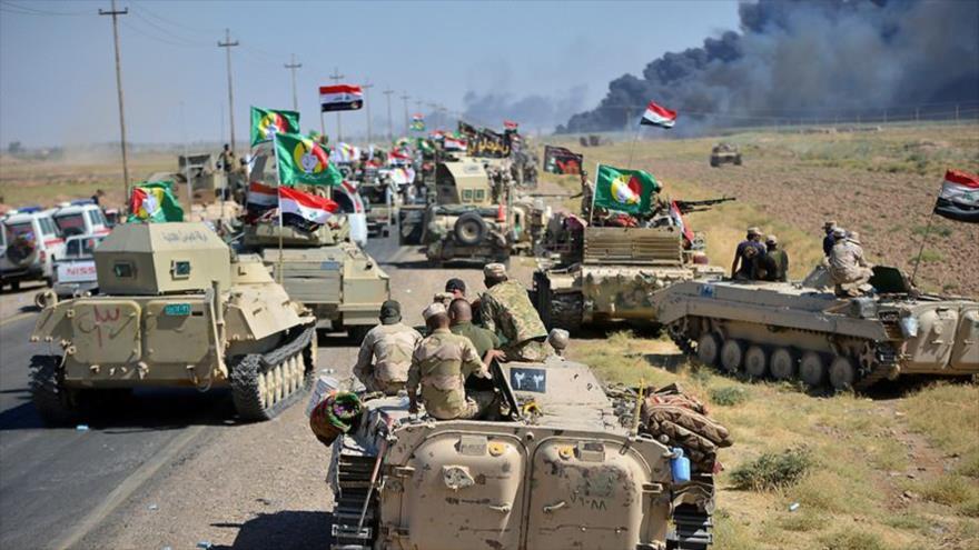 Fuerzas del Ejército y de las Unidades de Movilización Popular de Irak en una operación antiterrorista en la provincia iraquí de Al-Anbar.