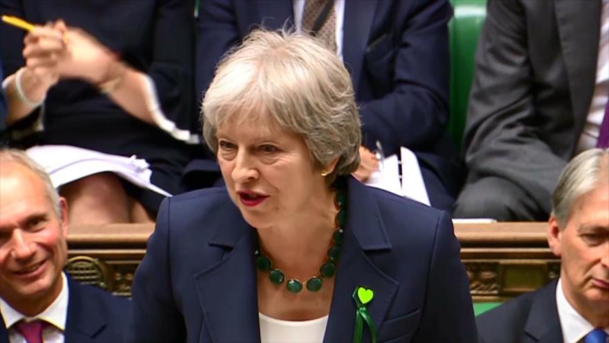 May gana la votación sobre el Brexit en el Parlamento británico