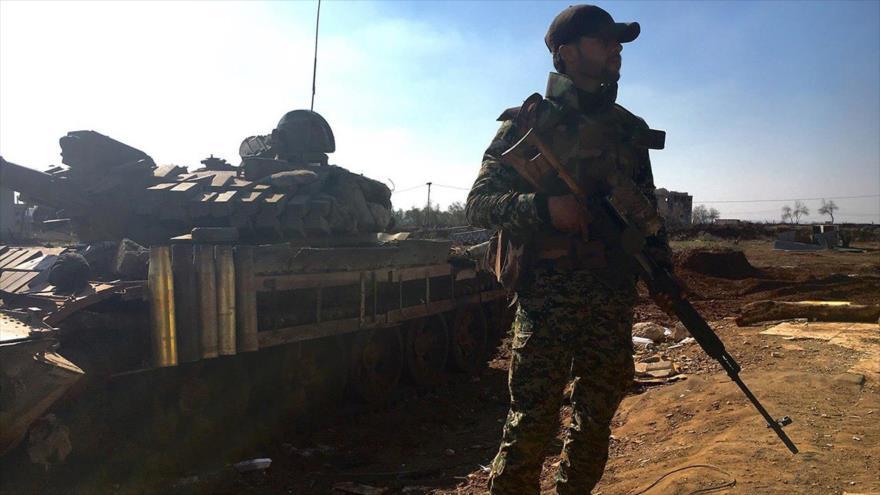 Un soldado del Ejército sirio en la ciudad suroccidental de Daraa.