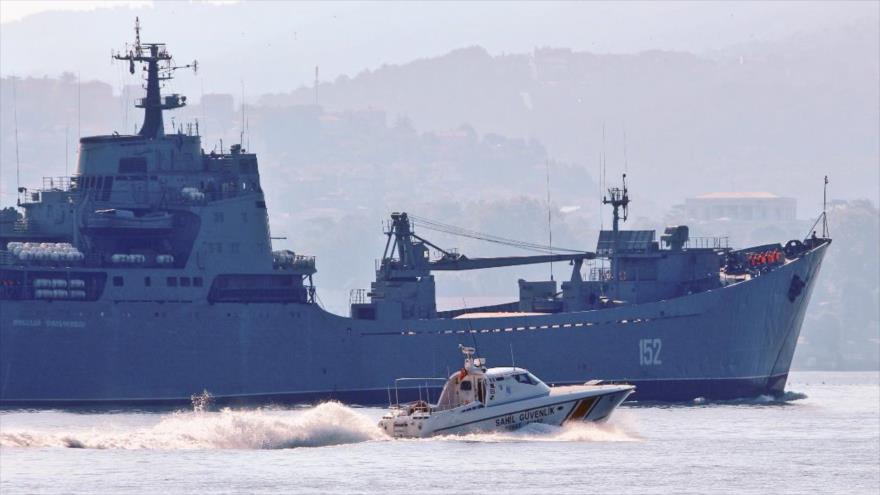 Rusia envía otro cargamento de armas a base siria de Tartus