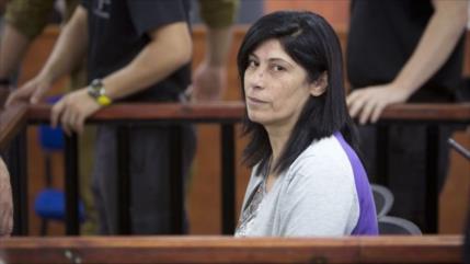 Israel renueva prisión indefinida para parlamentaria palestina