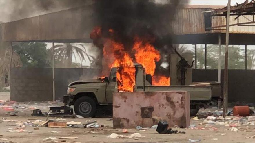 Yemeníes matan a decenas de mercenarios saudíes en puerto de Al-Hudayda