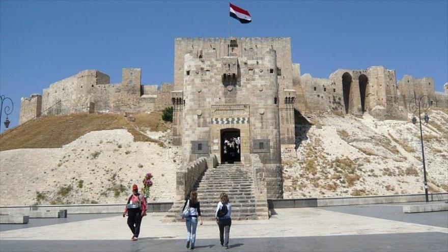 Famosa ciudadela de Alepo acoge visitantes después de 6 años